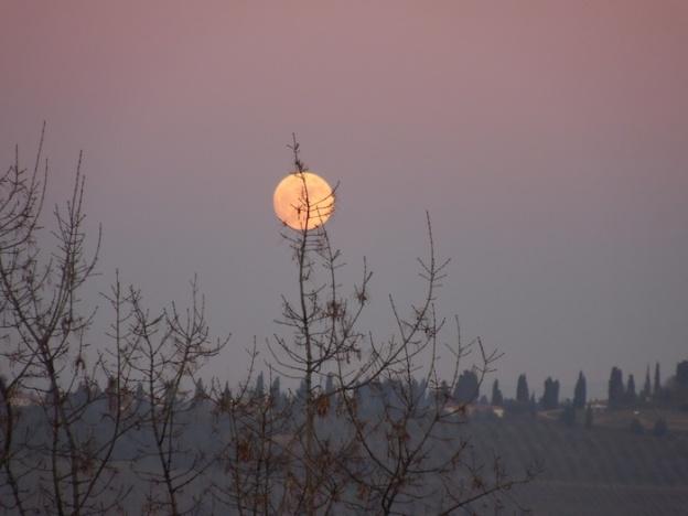 de-maan-boven-toscane-1