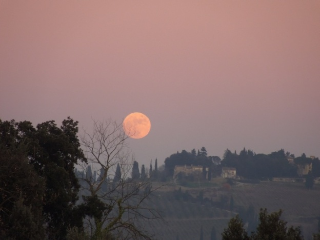 de-maan-boven-toscane-3