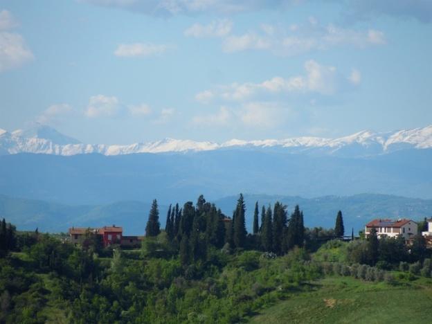 besneeuwde-bergtoppen-toscane-7