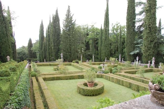 villa-peyron-tuin-tosane-14